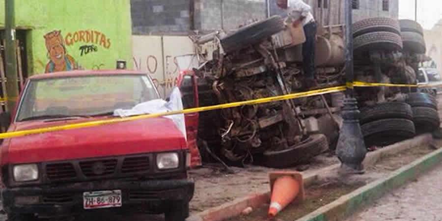 Suman 25 personas muertas por accidente en Zacatecas