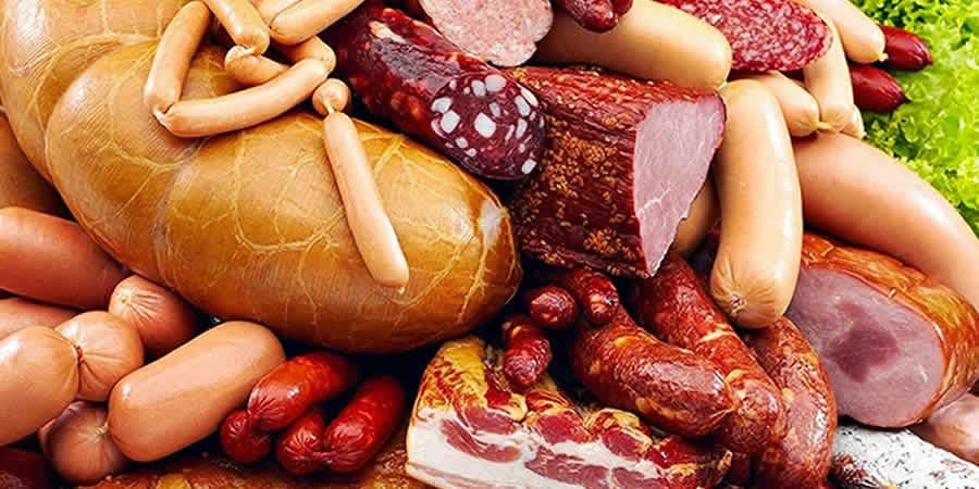 La carne procesada es cancerígena, alerta la OMS