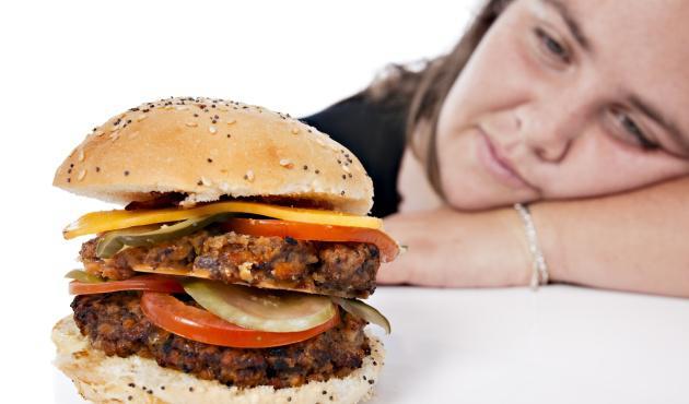 Enfermedades por alimentos matan a 420 mil personas al año: OMS
