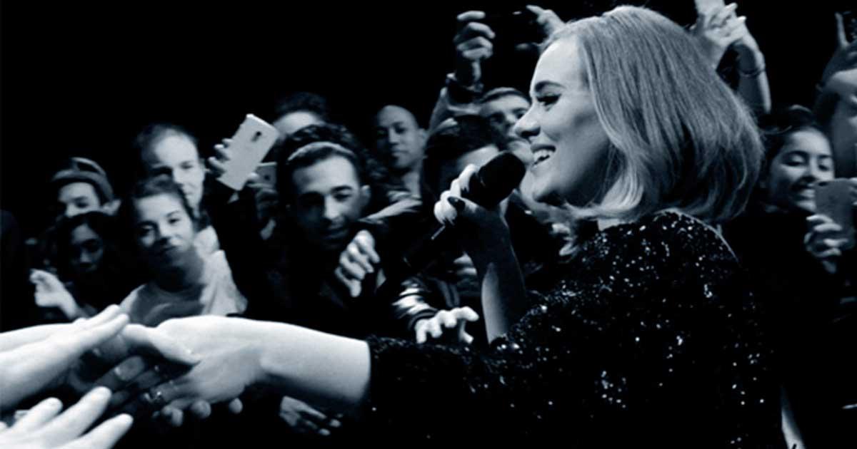 Adele negocia contrato de 116 millones de euros con Sony