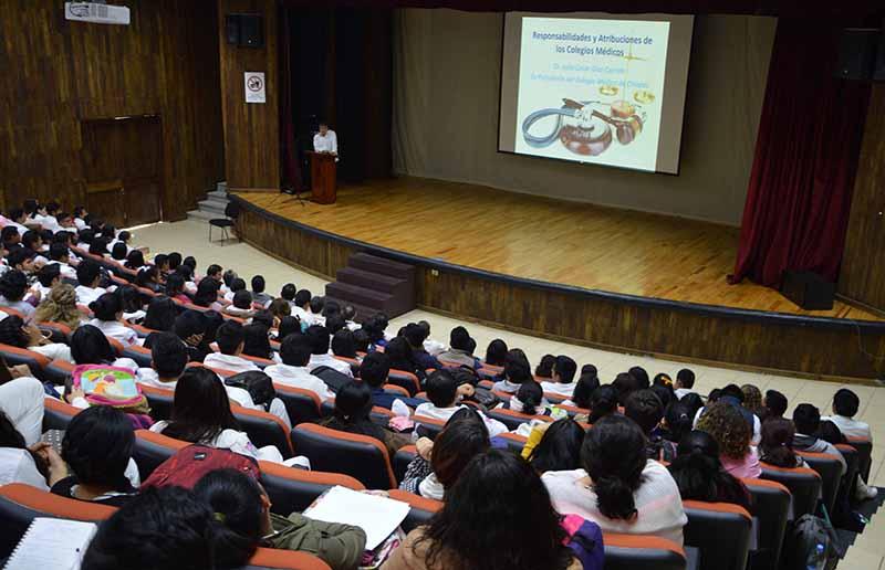 Gobierno de Velasco impulsa más espacios dignos para universitarios