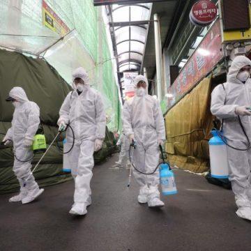 Corea del Sur en alerta por nuevo brote de coronavirus grupal