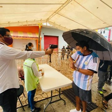 Pone en marcha la Secretaría de Salud filtros sanitarios en el centro de Tapachula