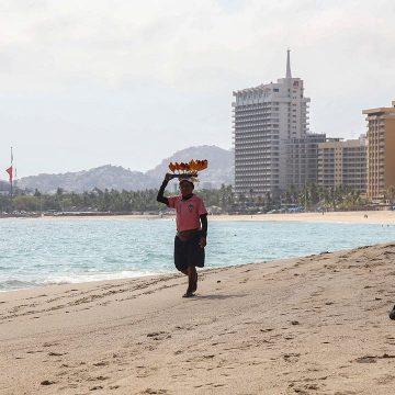 Acapulco abre sus puertas al turismo después de meses de confinamiento