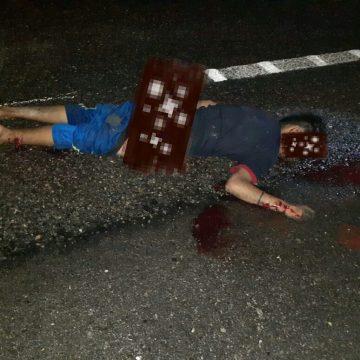 Un motociclista muerto y uno más lesionado al ser arrollados por un vehículo sobre el tramo carretero federal en Mapastepec