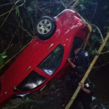 Se accidenta una familia en el tramo carretero Huixta-Motozintla