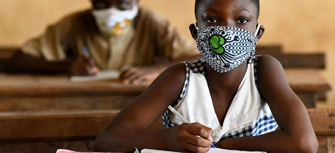 La OMS y UNICEF instan a la pronta reapertura de las escuelas africanas