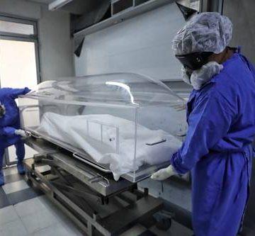 Pese al riesgo de contagio, el INER investiga en cadáveres de fallecidos por coronavirus
