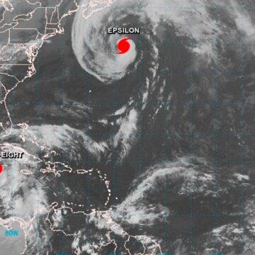 Protección Civil emite alerta naranja por la tormenta tropical Zeta en Quintana Roo y Yucatán