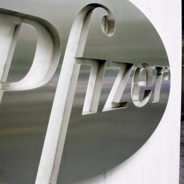 Pfizer inicia estudios de medicamento oral contra Covid-19
