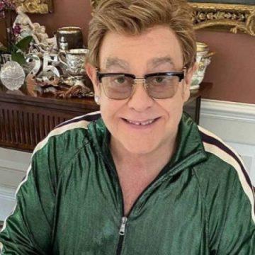 """Elton John acusa de """"hipocresía"""" a El Vaticano"""