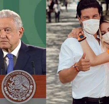 """AMLO critica al INE por multa a Samuel García; apoyo de su esposa es """"lo más normal"""""""