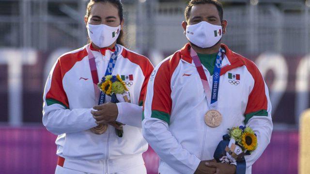 La primera medalla para México en Tokio llega en tiro con arco