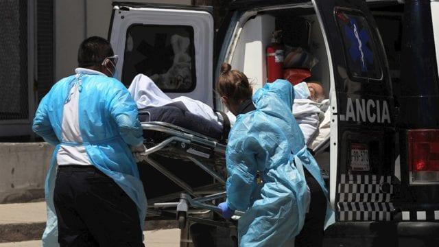 México suma 879 muertes y 15,876 contagios por Covid-19 en el último día