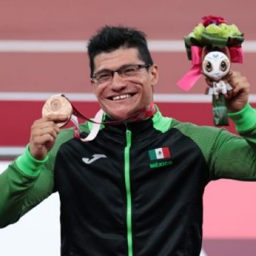 Juan Pablo Cervantes obtiene medalla de bronce en Paralímpicos de Tokio