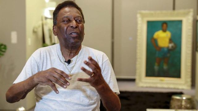 Pelé se recupera bien en hospital brasileño, dice su hija